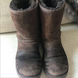 UGG Australia Classic Short Boots - Chocolate